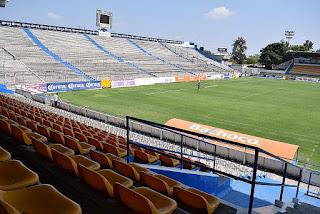 Roban un millón de pesos en estadio Celaya