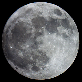 full Moon at close perigee