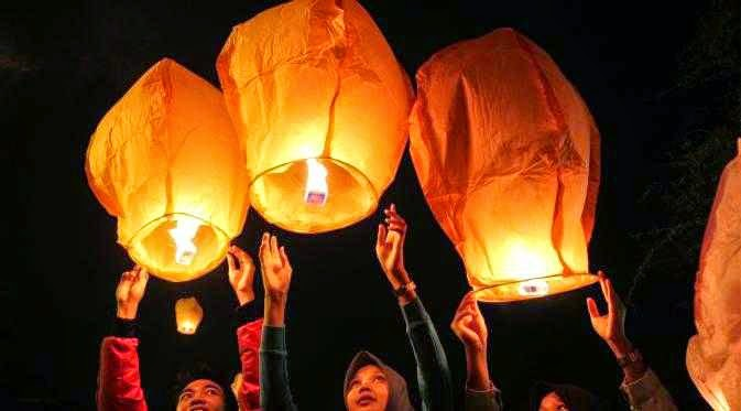 lampion terbang, lampion terbang murah, sky lantern, wish lantern