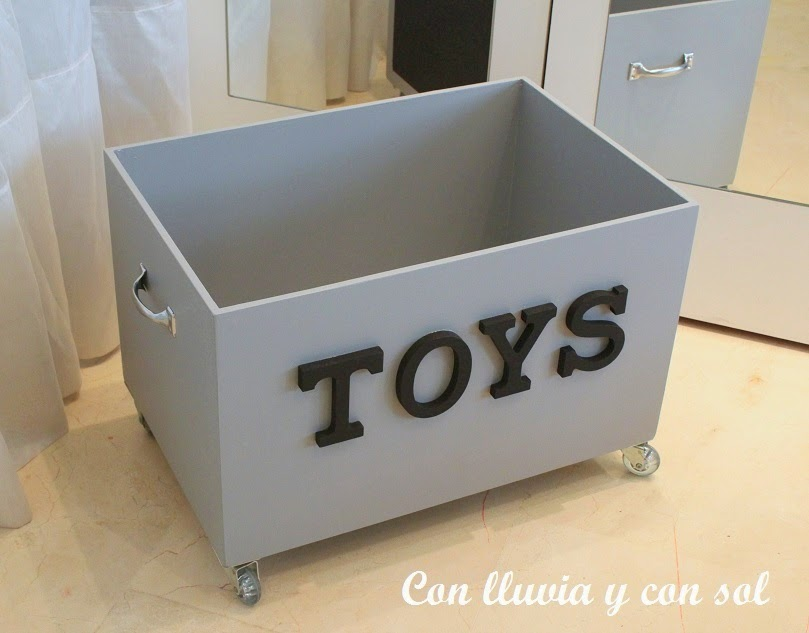 Con lluvia y con sol caj n juguetero para mart n - Cajon para guardar juguetes ...