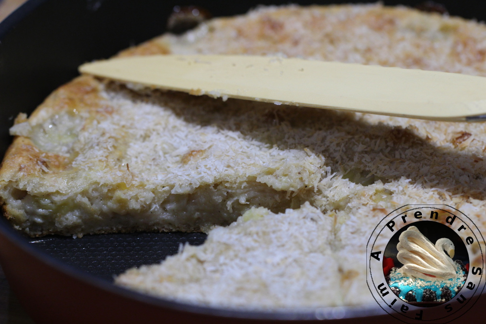 Gâteau à la banane et à la coco sans sucre de Conticini