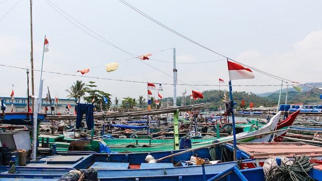 nelayan pelabuhan ratu
