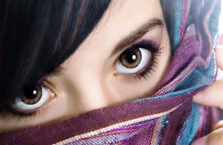 gorgeous beautiful indian eyes aankho par shayari.jpg