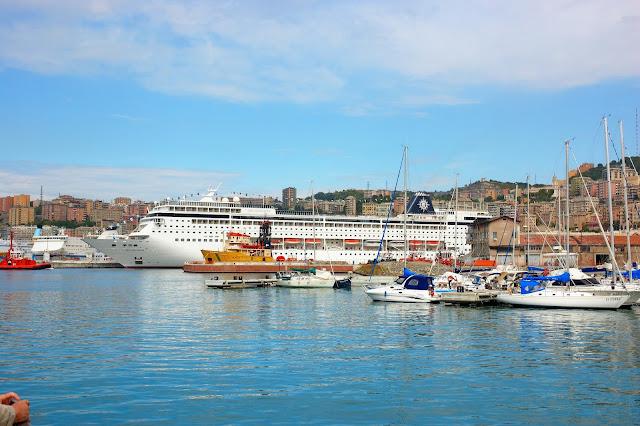 ogromne statki wycieczkowe w Genui gdzie je można zobaczyć?