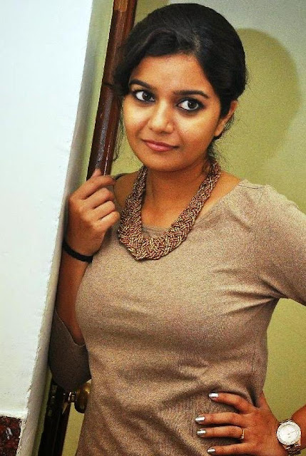 Swathi-reddy-actress-wallpapers09