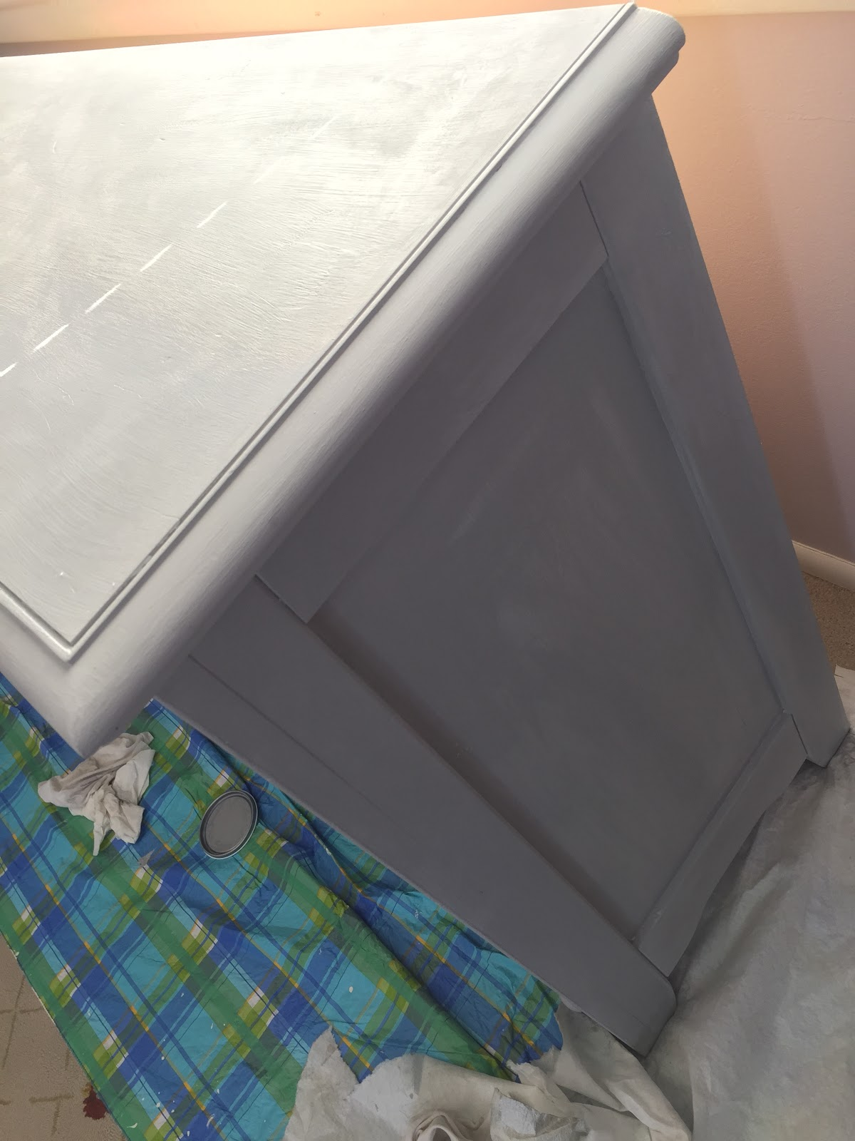 Annie Sloan Paris Grey Chalk Paint Dresser makeover