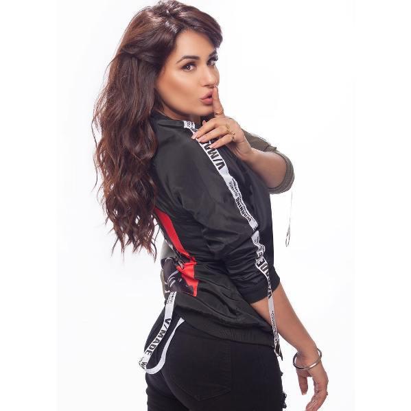 Bhojpuri Actress Mandy Takhar