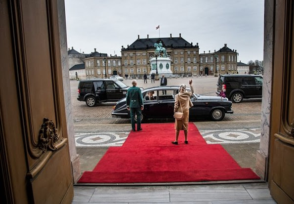 Queen Mathilde have completed their state visit to Denmark and before they departed from Amalienborg. Queen wore Natan coat