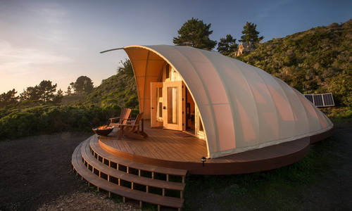 Tinuku.com Tenda Kepompong Autonomous Tent Memberi Pengalaman Berkemah Mewah
