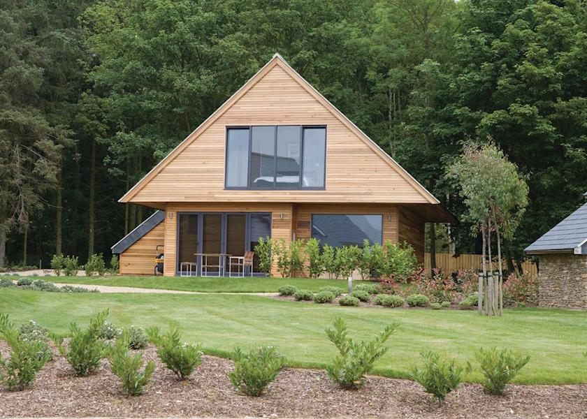 20 Lodges with Hot Tubs within a 90 minute drive of York  - Kilnwick Percy Resort