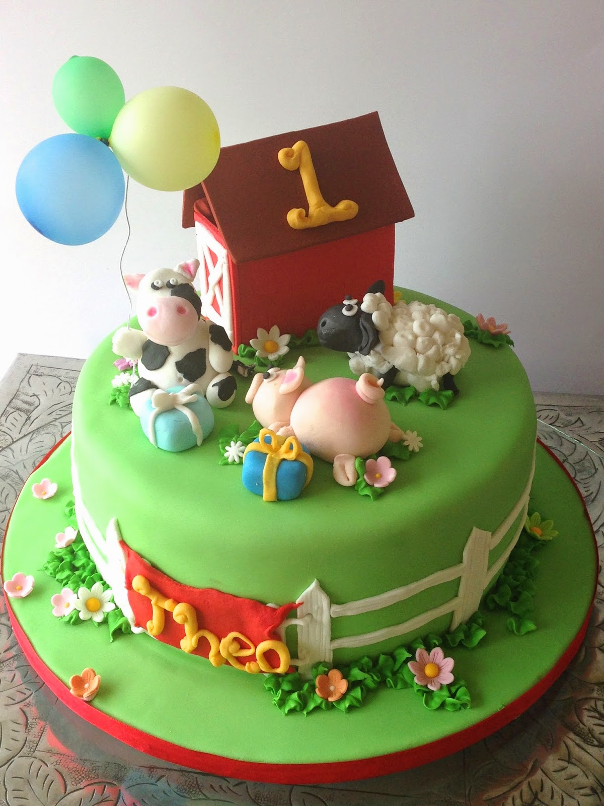 Rozanne S Cakes Animal Farm Cake