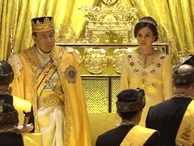Istiadat Pemasyhuran Gelaran Mengangkat Sumpah Dan Menjunjung Duli Raja Muda Selangor