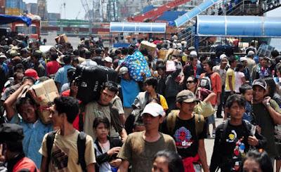 Pengertian Migrasi, Macam-macam Jenis Migrasi dan Faktor-faktor yang Mempengaruhi Migrasi Penduduk