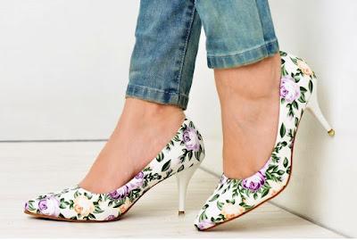 Statement Heels Manis Dengan Desain yang Menarik