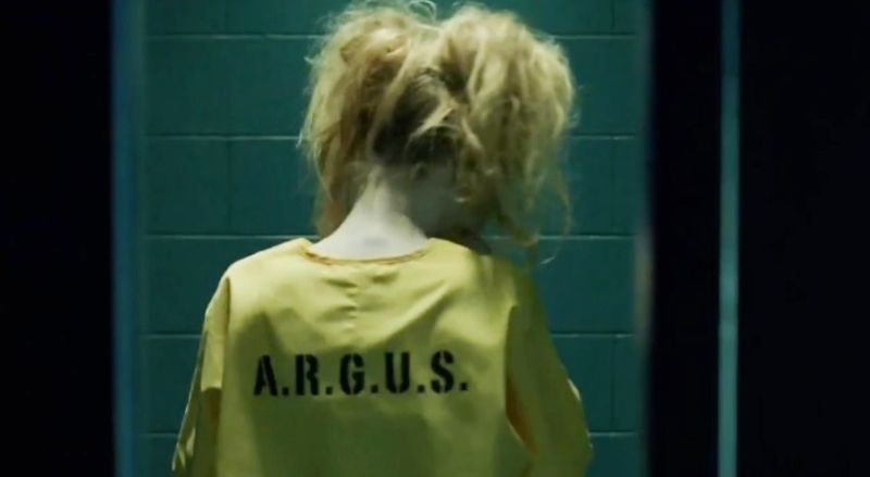 Harley Quinn en el episodio Suicide Squad de Arrow