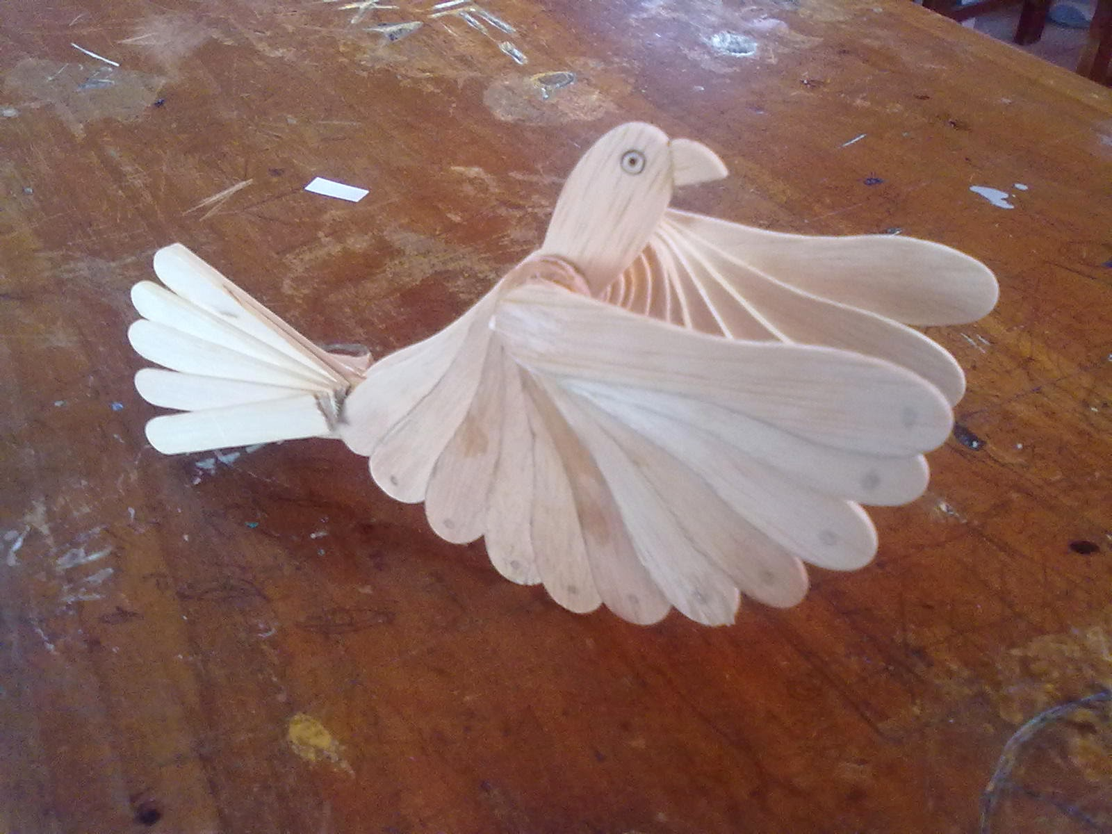 burung dari stik es krim