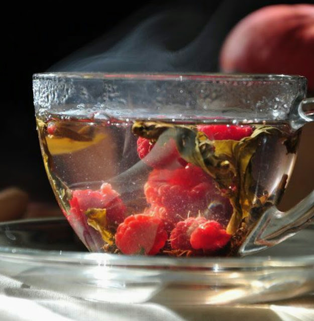 Hot berry tea