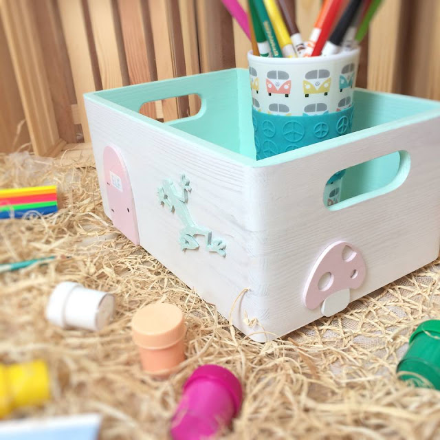 ozdobiony pojemnik dla przedszkolaka