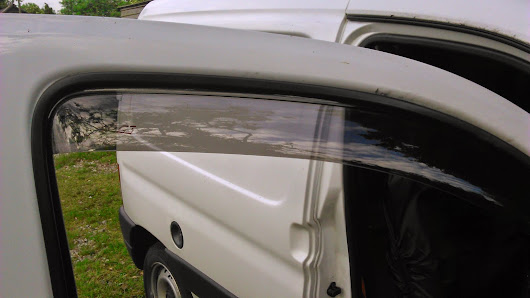 Ventilation / Wind Deflectors