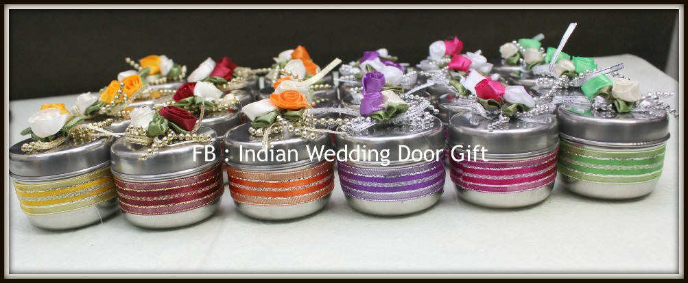 Door Gift For Wedding: Indian Wedding Door Gift: August 2015