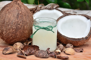 How to Use Coconut Oil for Hair Treatments