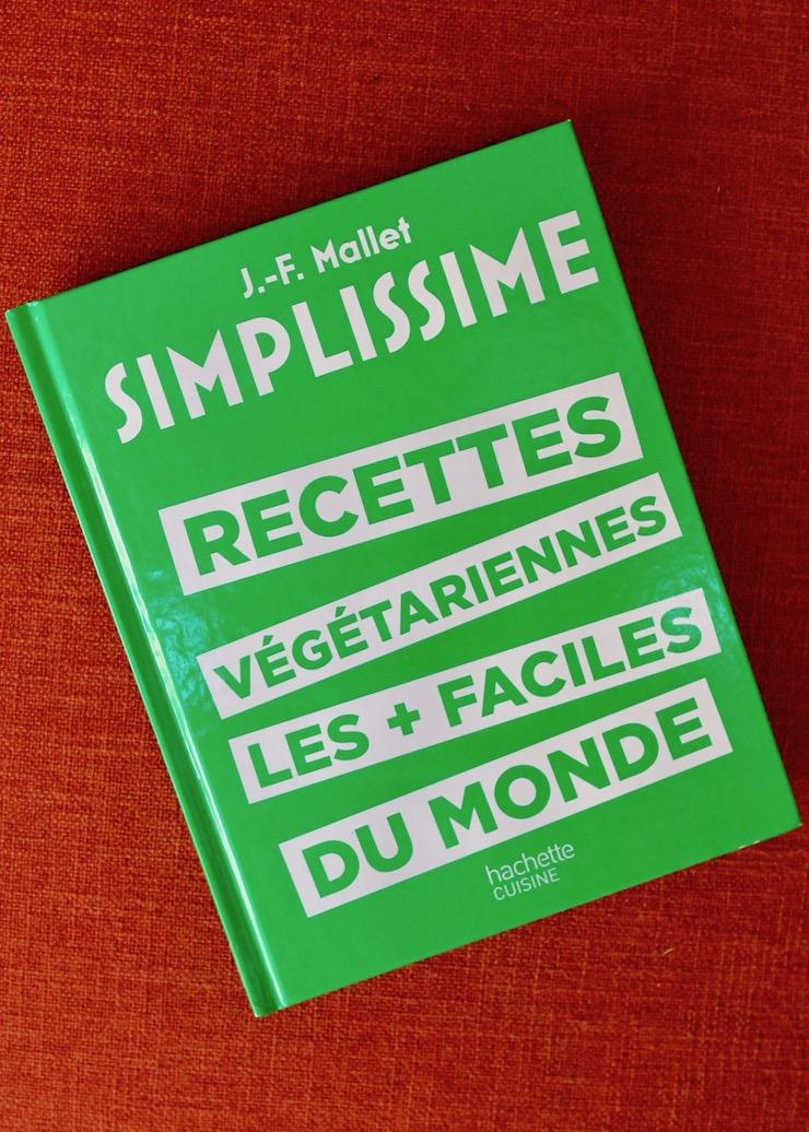 Recettes végétariennes les plus faciles du monde - Simplissime - livre de cuisine