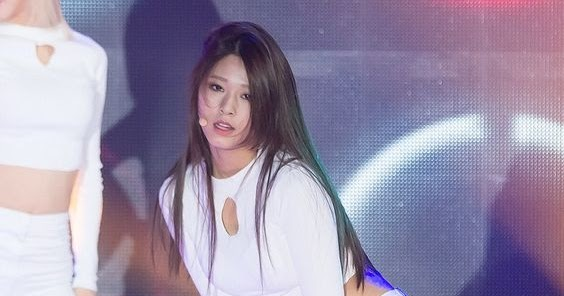 Pretty Asian Women: Seoulhyun's Mesmerizing Moves On Stage | 564 x 296 jpeg 36kB