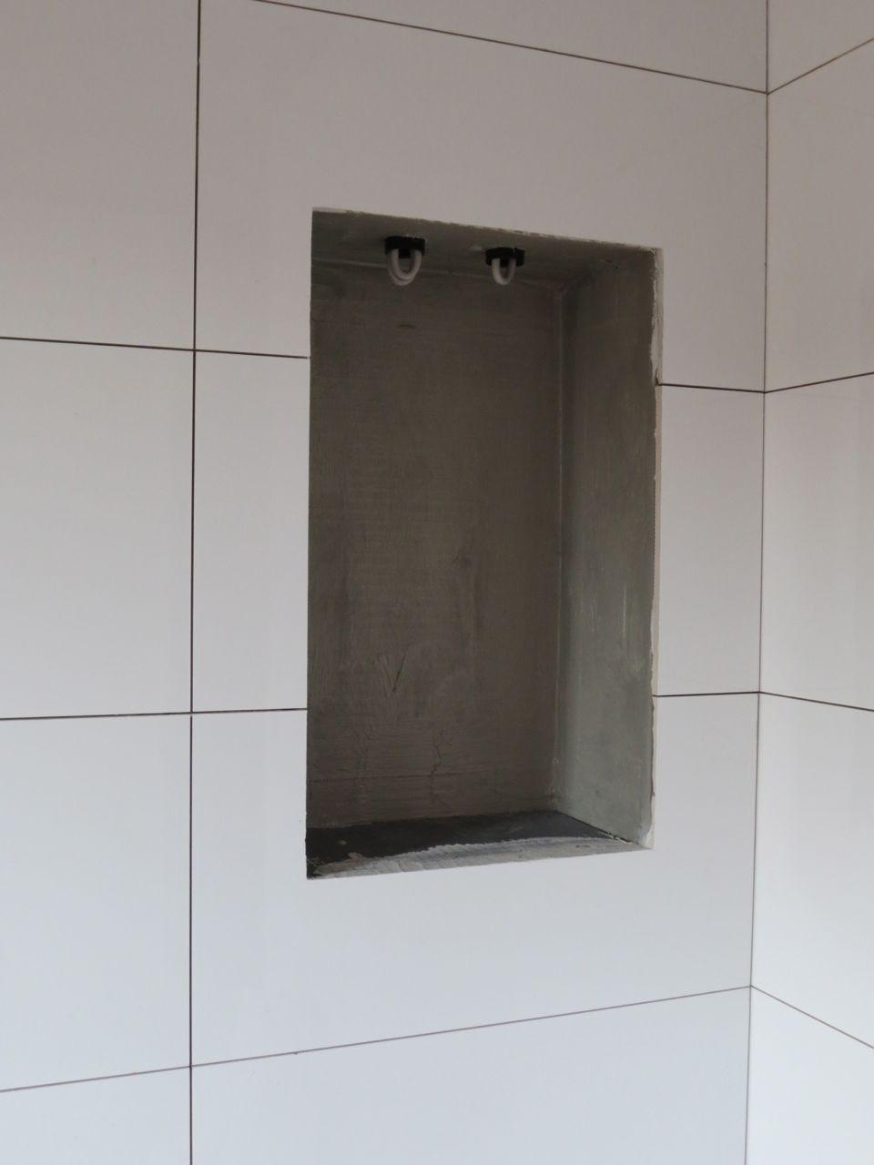 wir bauen in remagen fliesen ii badewanne. Black Bedroom Furniture Sets. Home Design Ideas