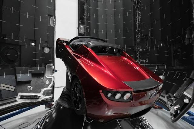 Elon Musk To Send Tesla Roadster Into Mars Orbit Next Month For 1,000 Year Orbit Rodster%252C%2Btesla%252C%2Btriangle%252C%2Bpyramid%252C%2BAncient%252C%2Bastronomy%252C%2Bscience%252C%2BUSA%252C%2Bsighting%252C%2BUFO%252C%2Balien%252C%2Bdisk%252C%2Bsecret%2Bproject%252C%2Bnews%252C%2Bodd%252C%2Bstrange%252C%2BMUFON%252C%2Bcase%252C%2Bmysterious%252C%2Bobject%252C%2Bfly