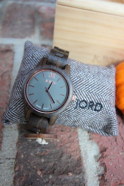 Jord wooden fall watch