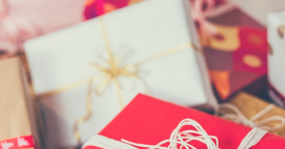 She's a keeper! Christmas gift ideas for your boyfriend's ...