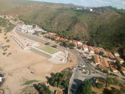 www.canionsxingo.com.br - Vista aérea da Prainha de Canindé de São Francisco, próximo ao local do falecimento do ator Domingos Montagner