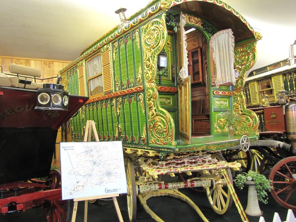 gypsy wagon vardo