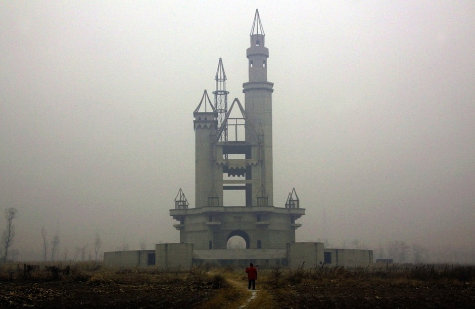 Wonderland Amusement Park outside Beijing, China - 30 Abandoned Places that Look Truly Beautiful