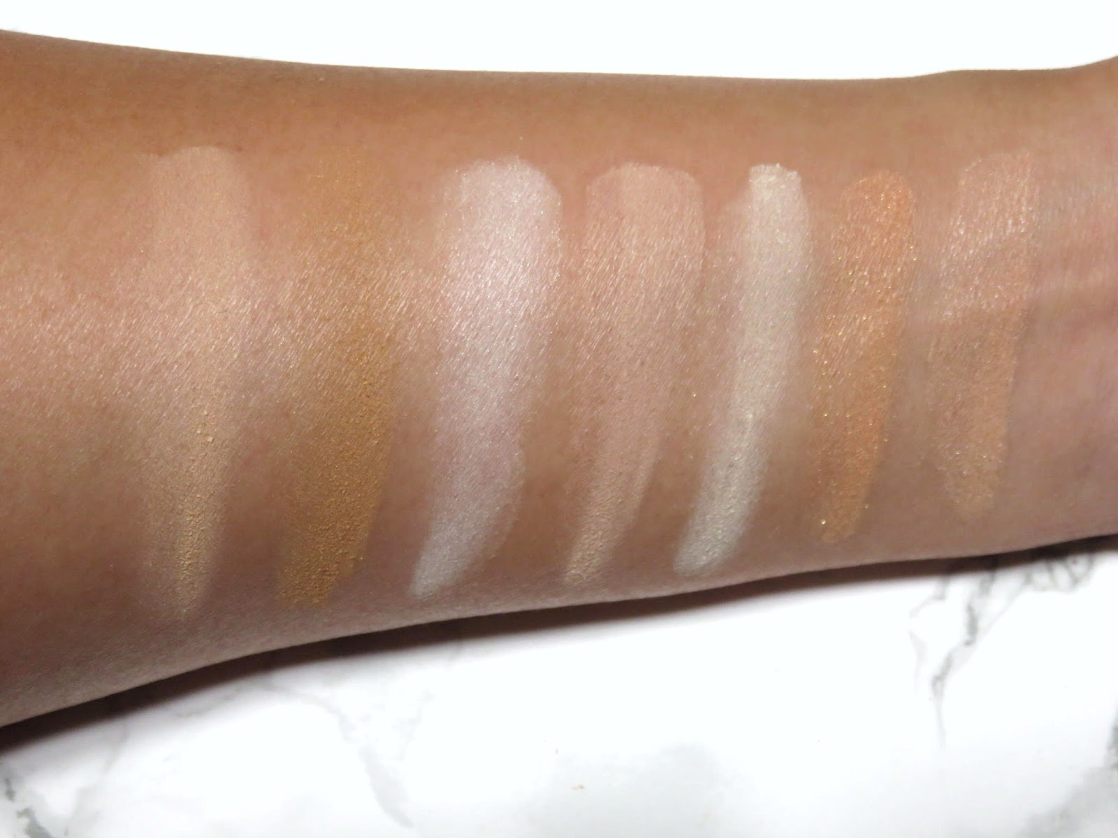 Review | Hourglass Ambient Lighting Edit Unlocked Palette