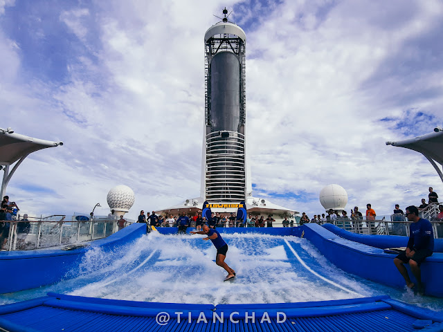 Capturing the whole flowrider of the cruise Photo captured using Samsung Galaxy A7 (2018) Ultra Wide Angle camera
