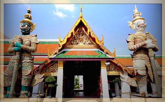 Wat Phra Kaew di Thailand