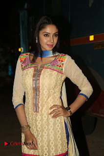 Actress Angana Roy Latest Picture Gallery in Salwar Kameez  0054