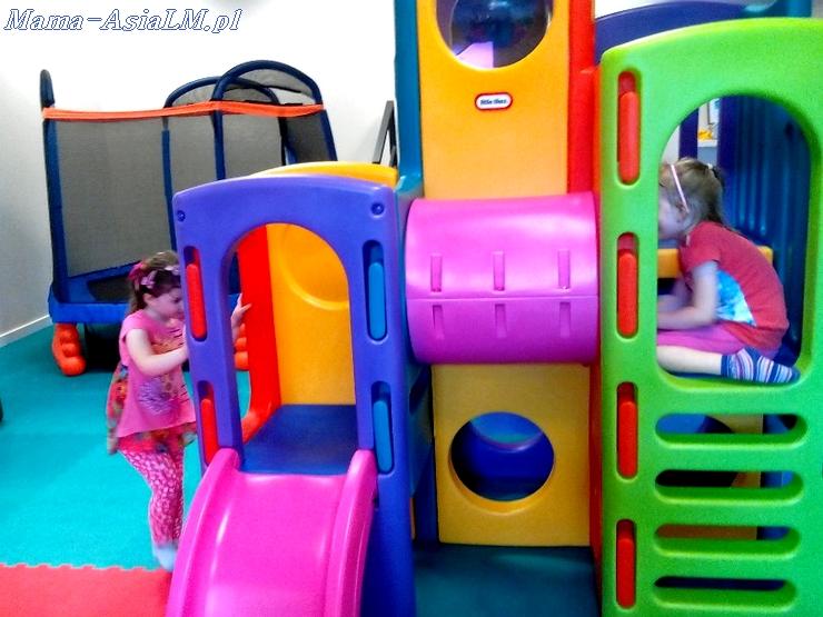 Babyplanet sala zabaw  zjeżdżalnia plac zabaw trampolina