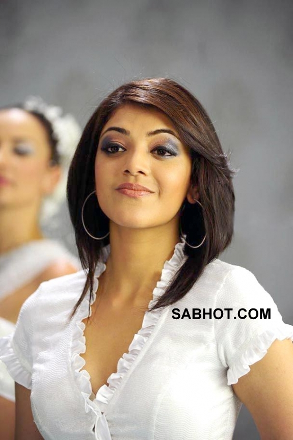 kajal agarwal hot short skirt dance photos
