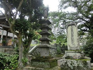 真鶴・瀧門寺五層塔