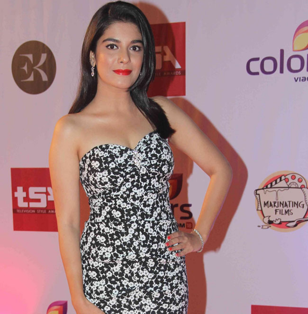 Pooja Gaur HD Wallpapers Free Download -I-