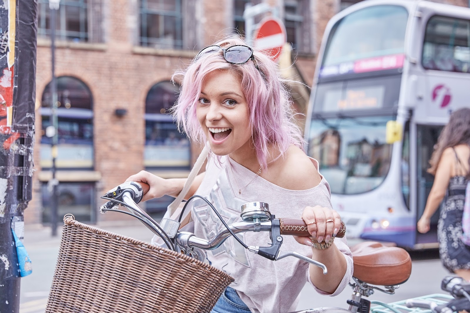 manchester girl with pink hair