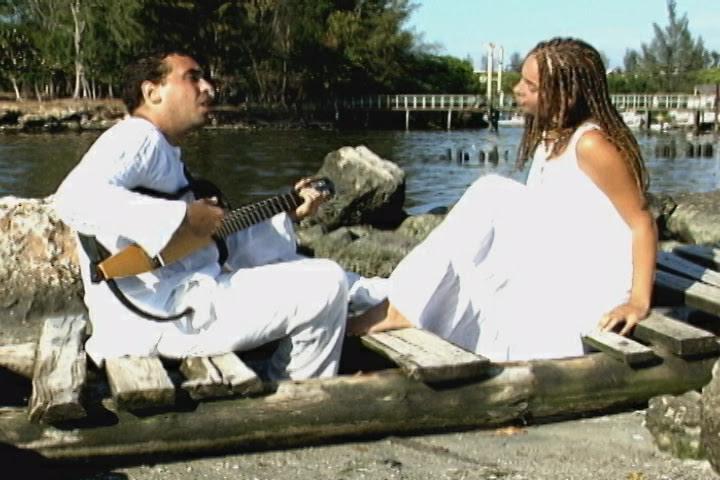 Ariel Díaz y Amanda Cepero - ¨La Marina¨ - Videoclip - Dirección: Terely Vigoa. Portal Del Vídeo Clip Cubano