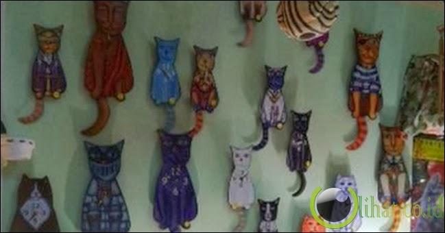 Cat-mania! kucing di mana-mana
