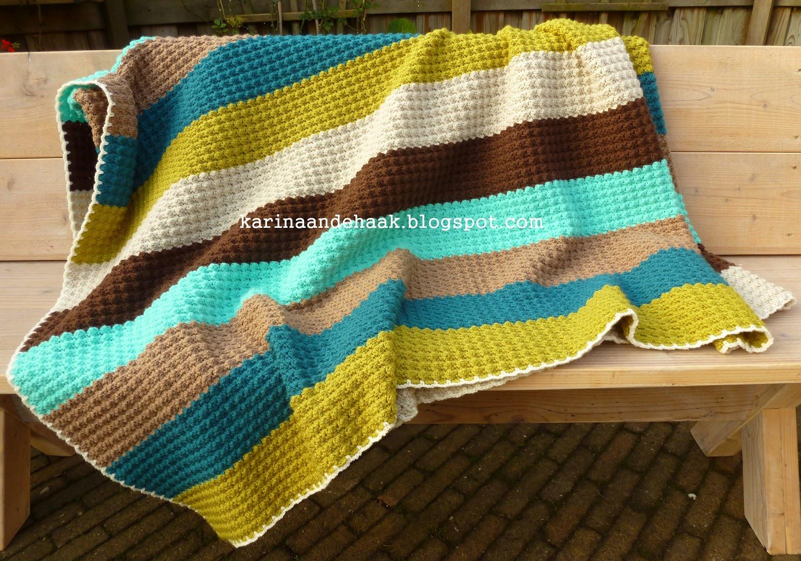 Karin aan de haak Dikke gehaakte retro deken met patroon