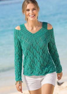 izumrudnyj-pulover-s-otkrytymi-plechami
