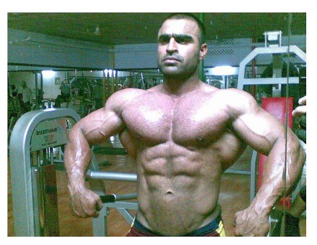 Pakistani Body Builder Atif Anwar Pictures 2013
