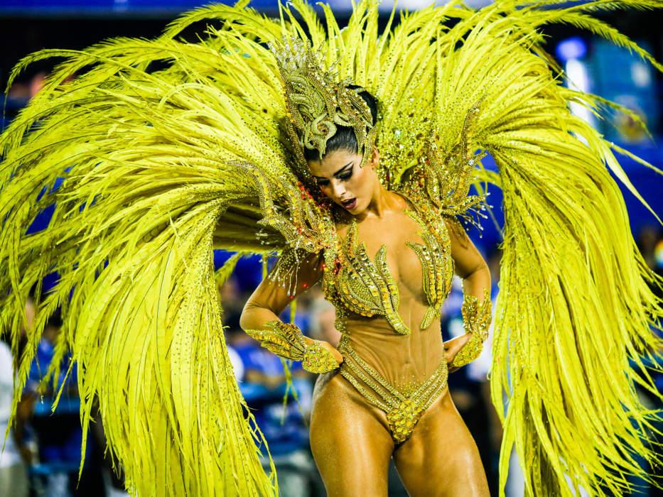 rabudas sexo no carnaval