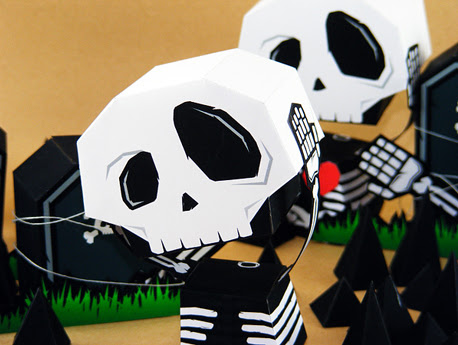 Skull Papercraft Ouch! My Heaaddd... - PAPEROX FREE PAPERCRAFT